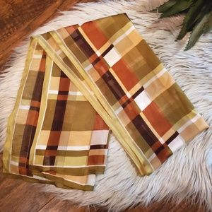 ID Unlimited Inc. Vintage Plaid Scarf